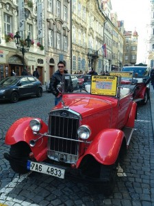 1932 Skoda Prague sightseeing tours