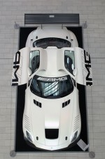 SLS AMG racer