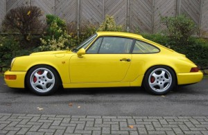 964 in the perfect fly yellow (Ferrari)#