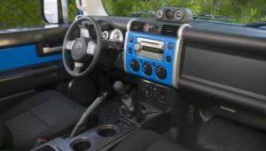 2017 Toyota FJ Cruiser – interior